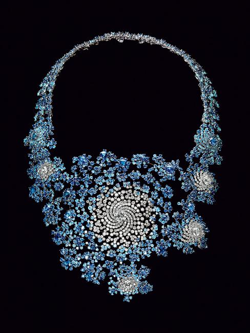 Doudou Necklace by Boucheron (2009). Design by Marc Newson